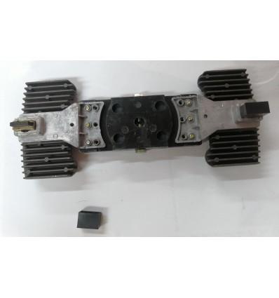 Щеточный узел с двумя щетками для стабилизатора 8-10 кВА
